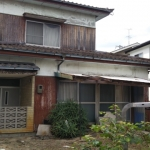 古い家の外観